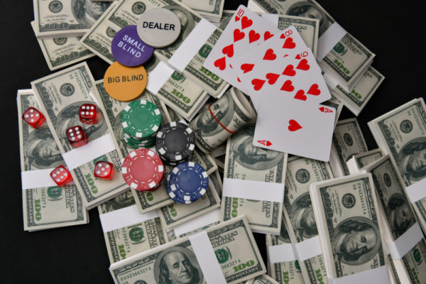 そもそも、ギャンブルって税金がかかるの?