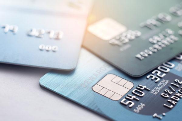 VISAとマスターカードはクレジットカードで入金できる