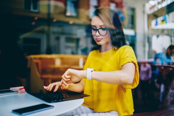 オンラインカジノの課税対象になる時期と確定申告のタイミング