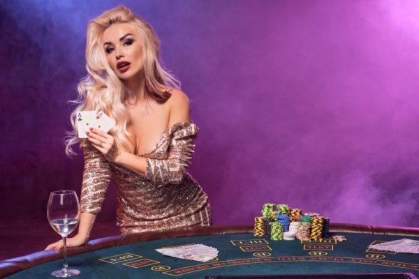 クイーンカジノ ライブカジノ