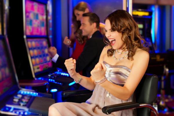 カジノシークレット スロット 勝つ方法